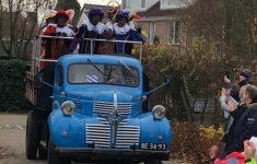 Sinterklaas bezoekt De Borgwal met zijn zwarte pieten!